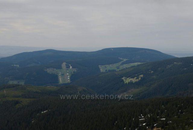 Černá hora a Světlá ze sedla u Luční boudy