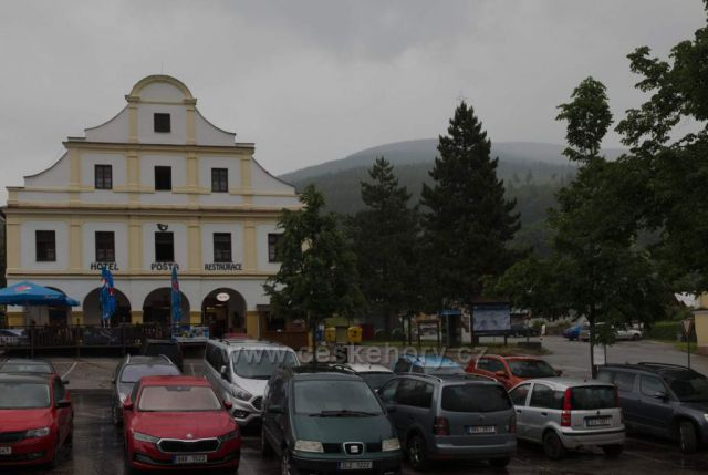 Náměstí v Černém Dole