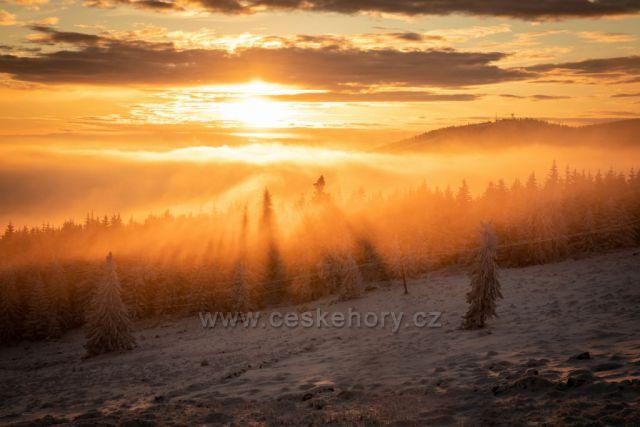 Západ slunce na Erlebachově boudě.