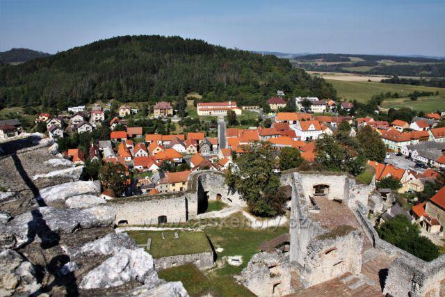 Výhled z hradu Rabí