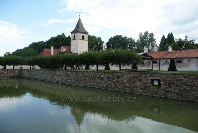 Procházka zámeckým parkem - zámek Kratochvíle