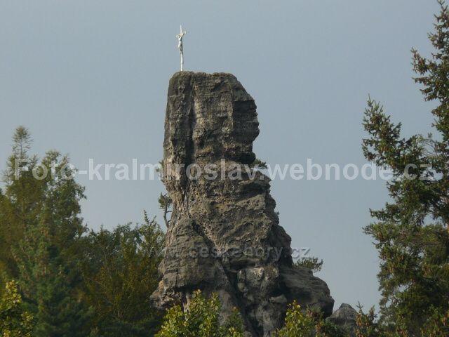 Křížová věž