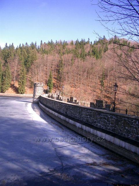 Kamenička ,přehrada a příroda kolem...