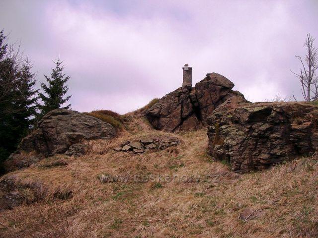 skalní vrch Čihadlo nad Načetínem