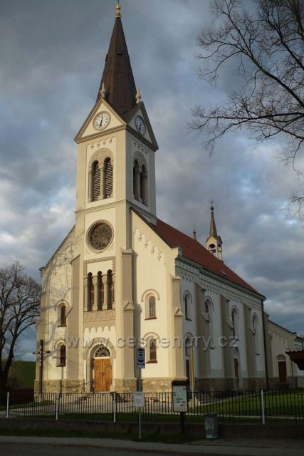 Kostel sv. Cyrila a Metoděje v Radějově
