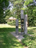 park Chomutov - hudební altán a pomník