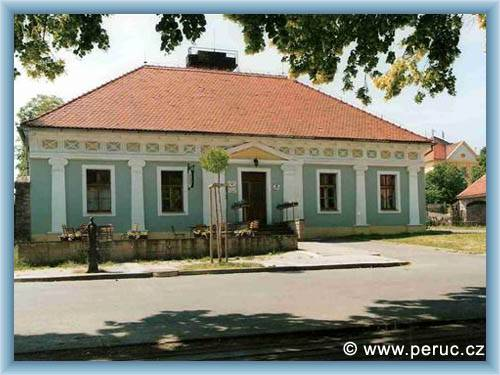 Prodej rodinny dum 5+1 peruc   bazar a inzerce sacicrm.info